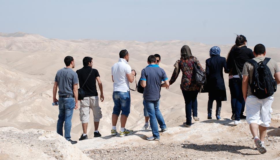 Escursione collettiva nel Wadi al-Qult , Diego Segatto per Campus in Camps, 2012